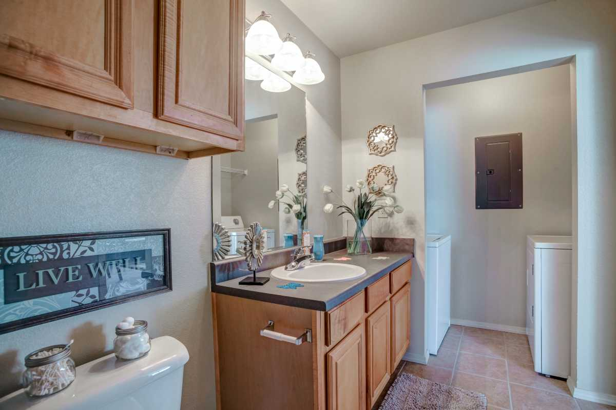 Guest Bathroom with Full Size Washer and Dryer Oakmont Luxury