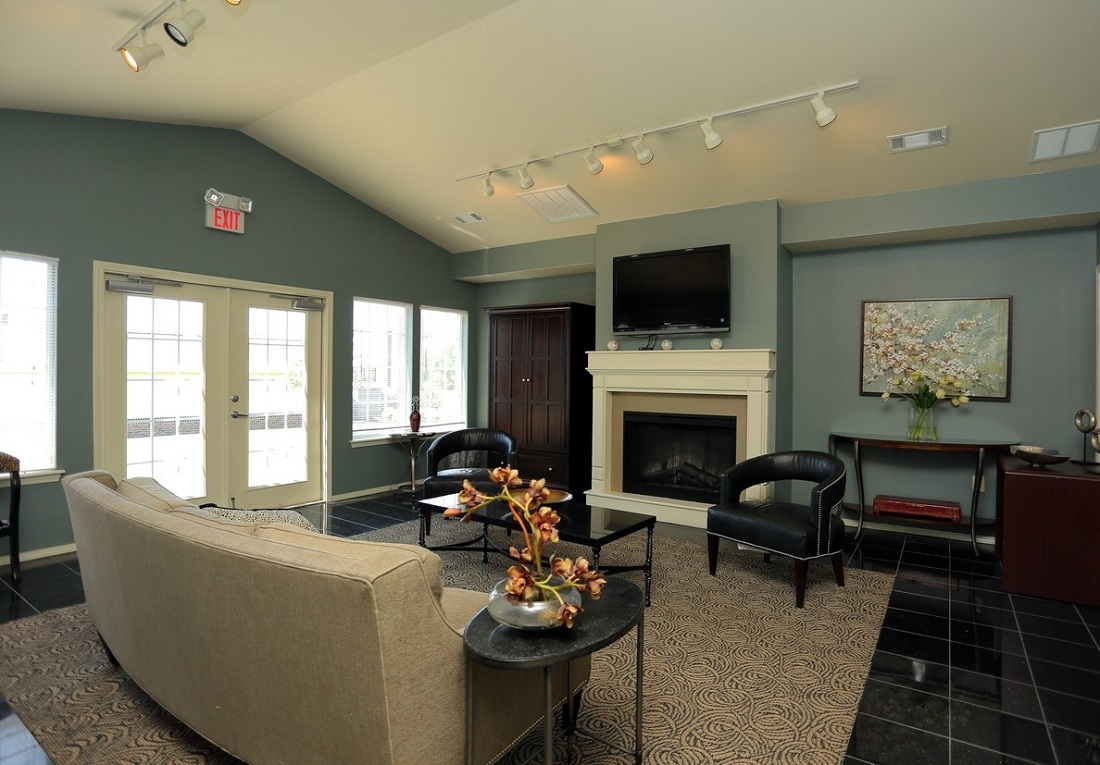 Living Room Interior at the Oakmont Apartment Homes in Catoosa, OK