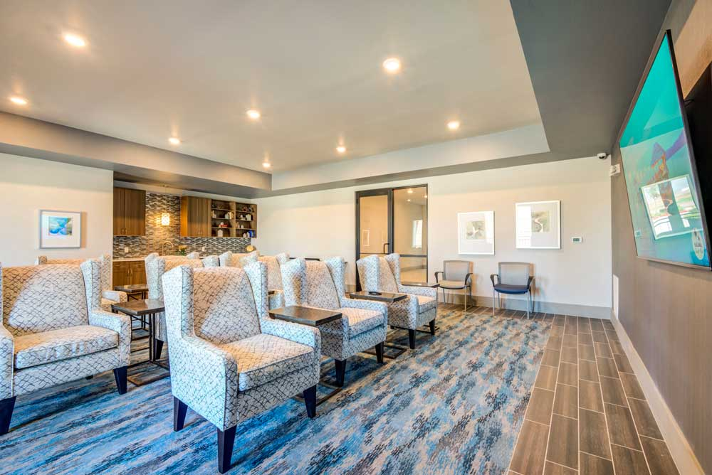 Business Lounge at Oaks 55 Apartments in Euless, TX