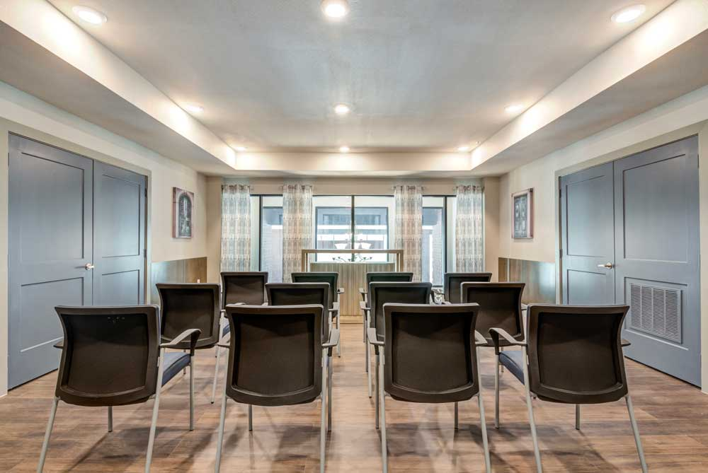 Conference Rooms at Oaks 55 Apartments in Euless, TX