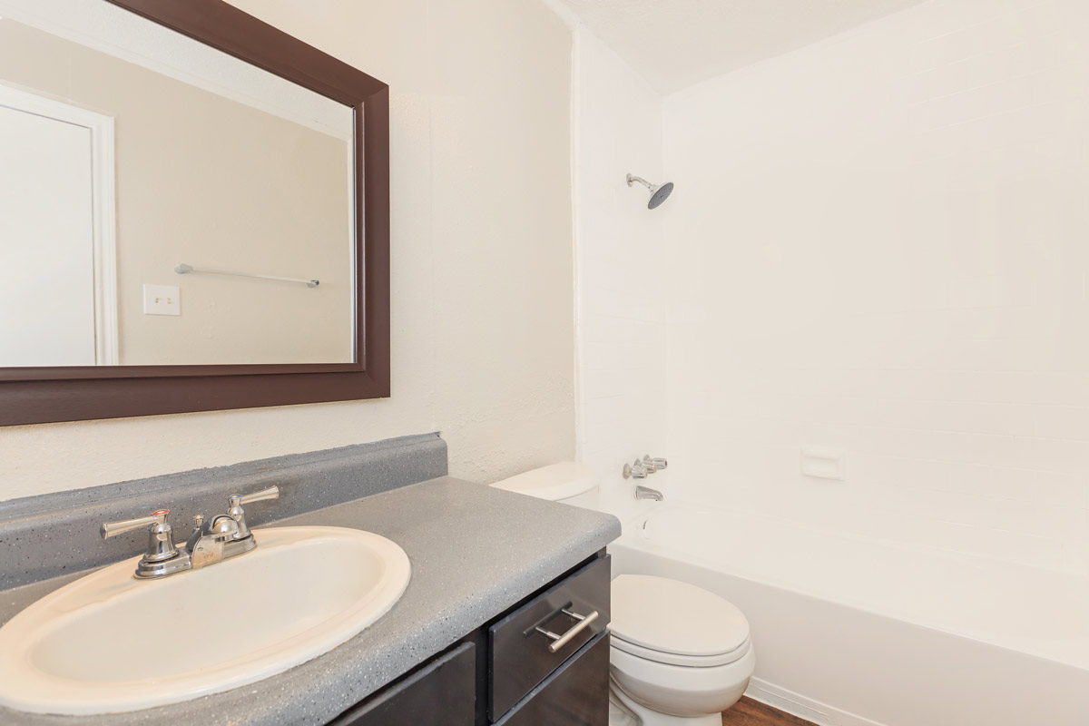 Modern Bathroom at Oaks at Mustang Apartments in Alvin, TX