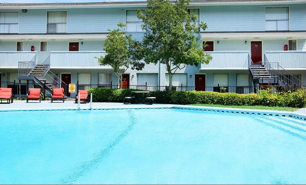 Year-Round Swimming Pool at Ocean Drive Estates Apartments in Corpus Christi, TX