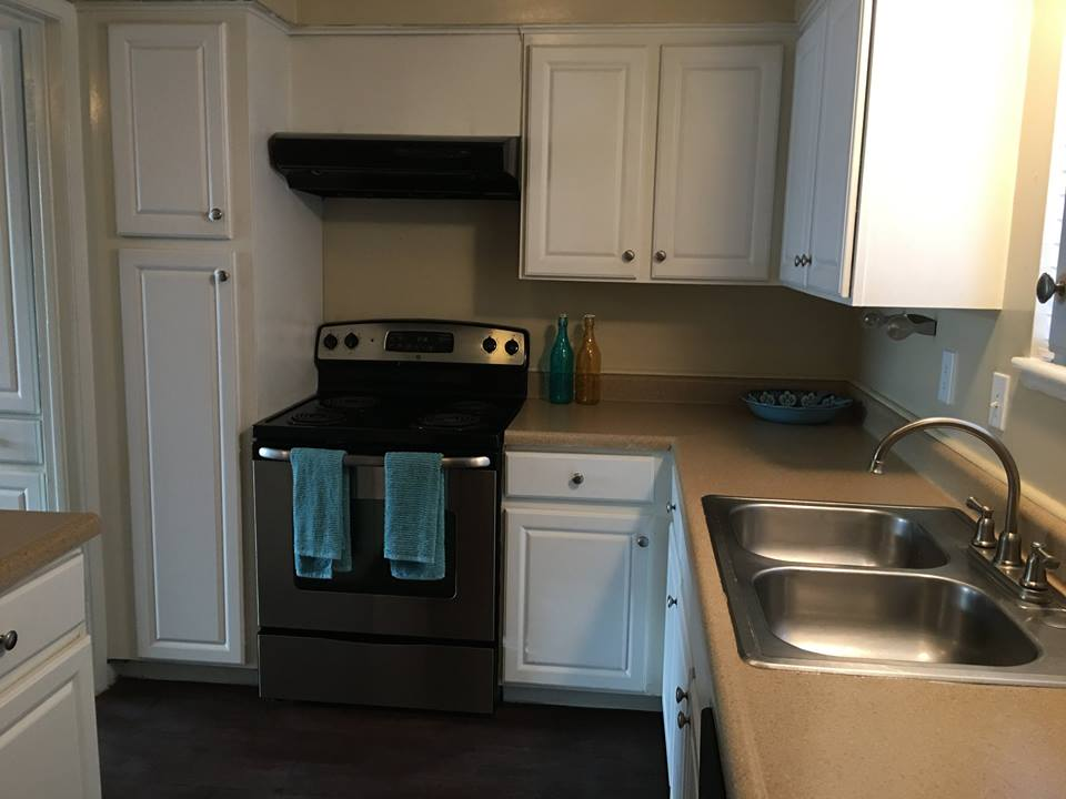 Ample Kitchen Cabinet Storage at Ocean Drive Estates Apartments in Corpus Christi, TX