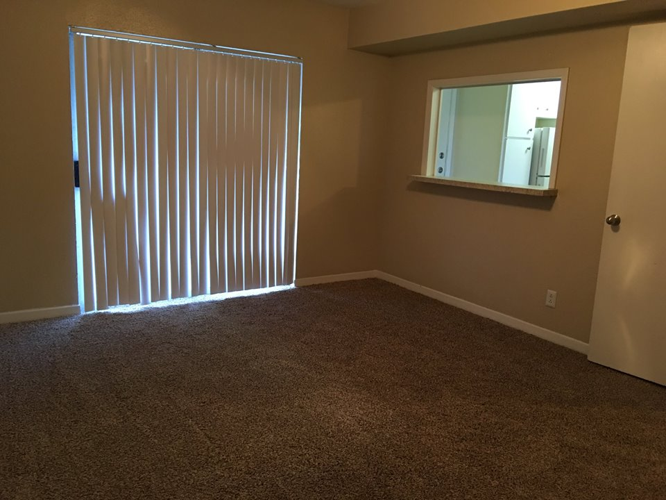 Entertainment Space at Ocean Drive Estates Apartments in Corpus Christi, TX