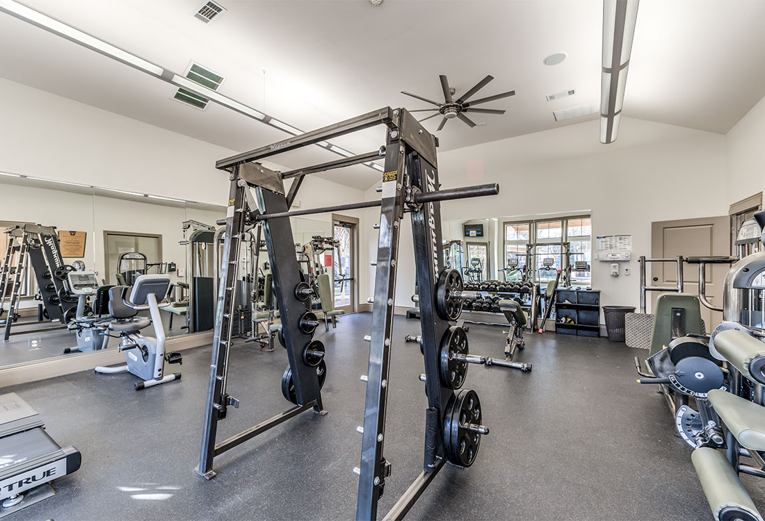 Professional Gym Equipment at Preserve at Old Dowlen Apartments in Beaumont, TX