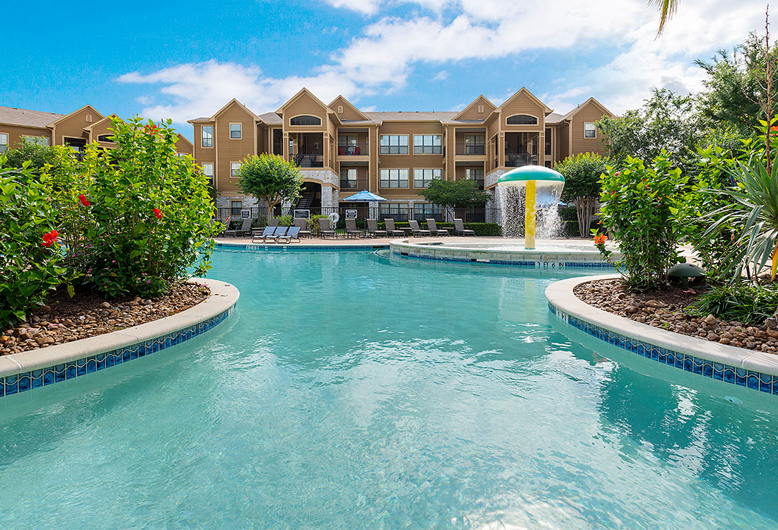 Luxury Pool Area at Preserve at Old Dowlen Apartments in Beaumont, TX