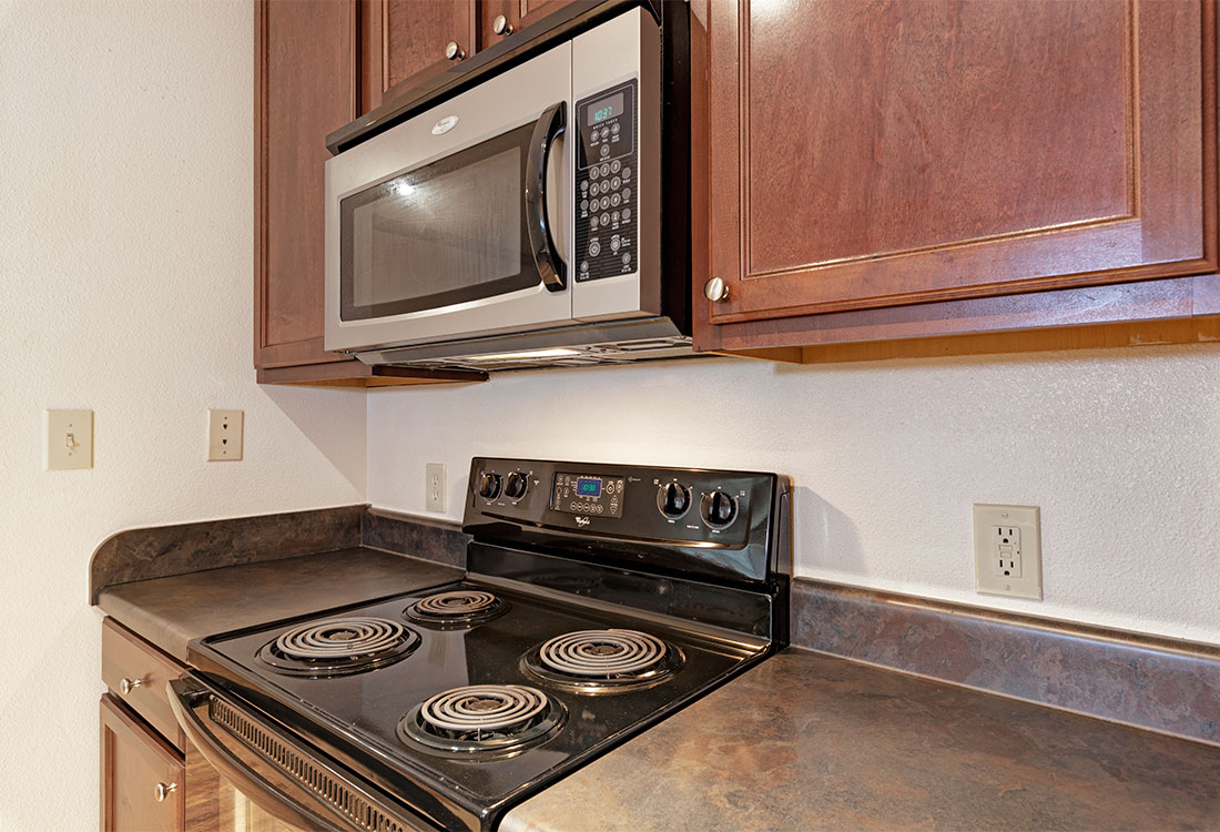 Electric Stove at Preserve at Old Dowlen Apartments in Beaumont, TX
