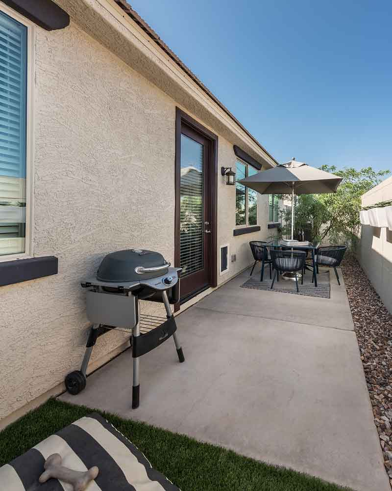 Patio at Olive Marketplace Apartments in Glendale, AZ