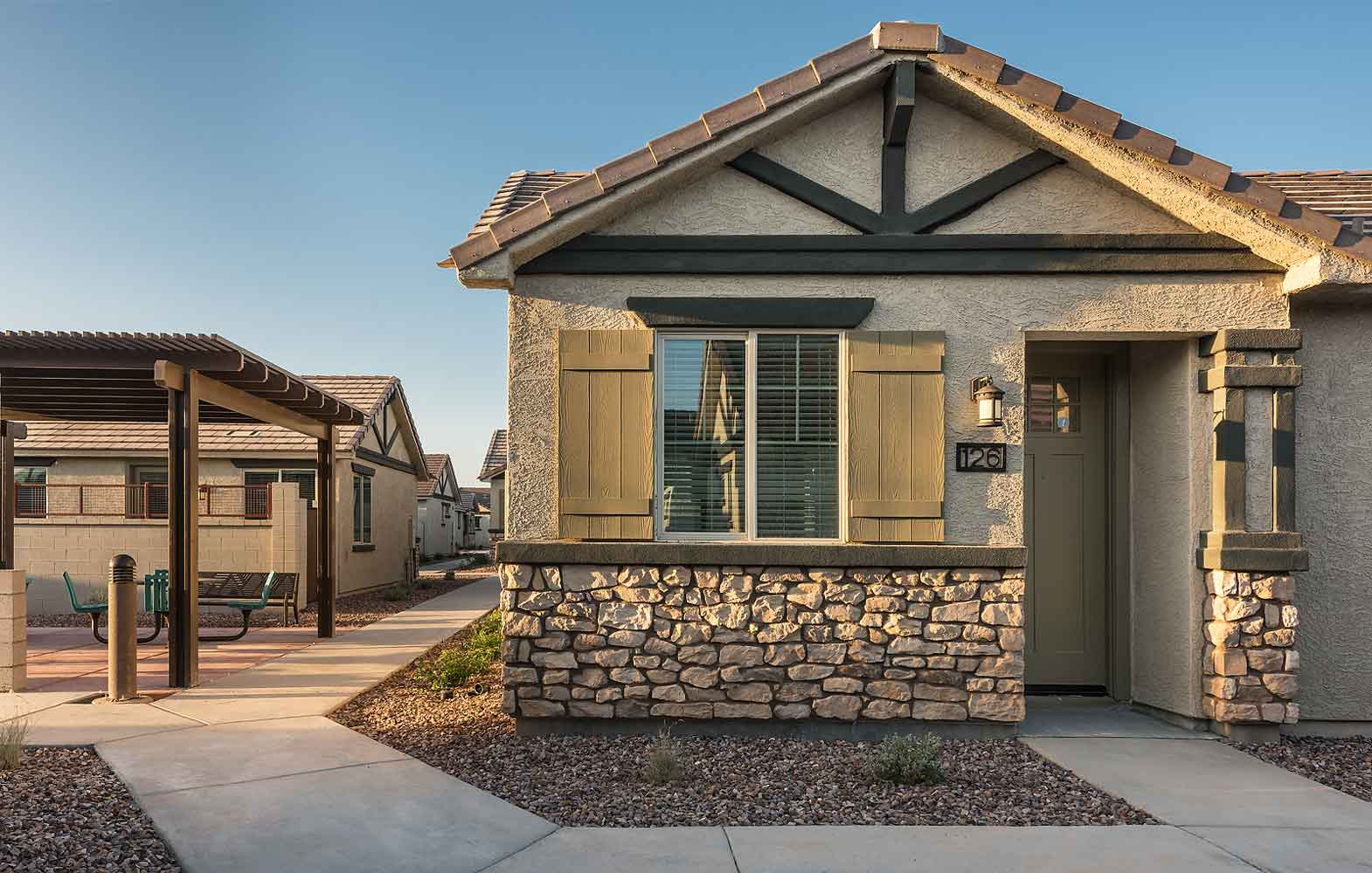 Luxury Single-Family Rentals at Olive Marketplace Apartments in Glendale, AZ