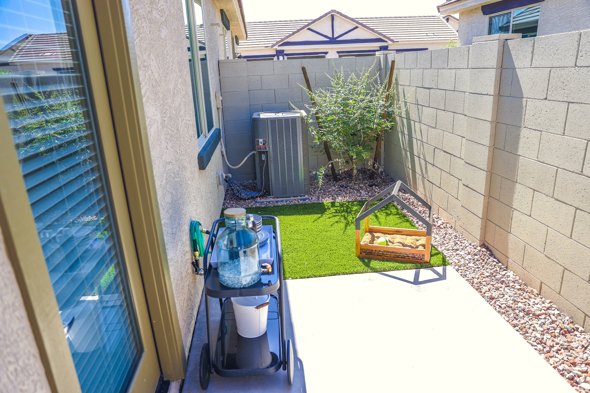 Spacious Backyard at Olive Marketplace Apartments in Glendale, AZ