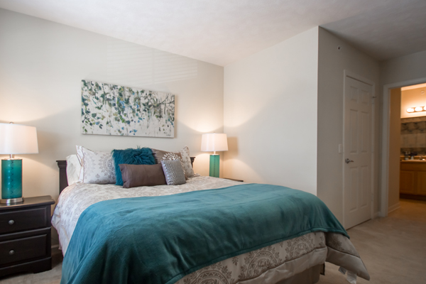 Master Bedroom at Ontario Place Apartments in Omaha, NE