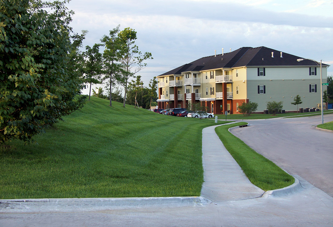 Lush Landscaping at Ontario Place Apartments in Omaha, NE