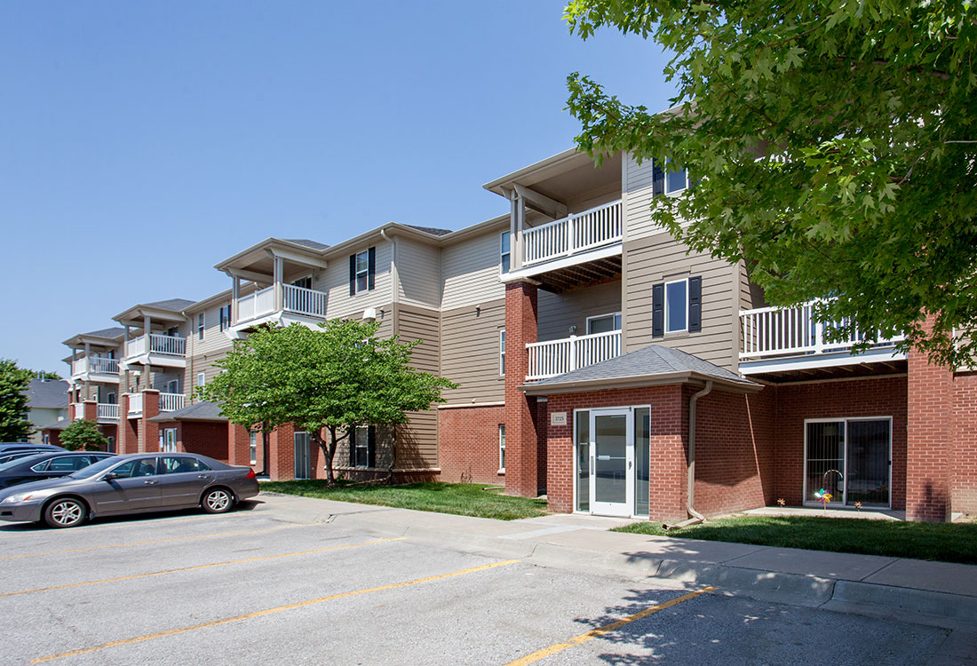 Apartments for Rent at Ontario Place Apartments in Omaha, NE