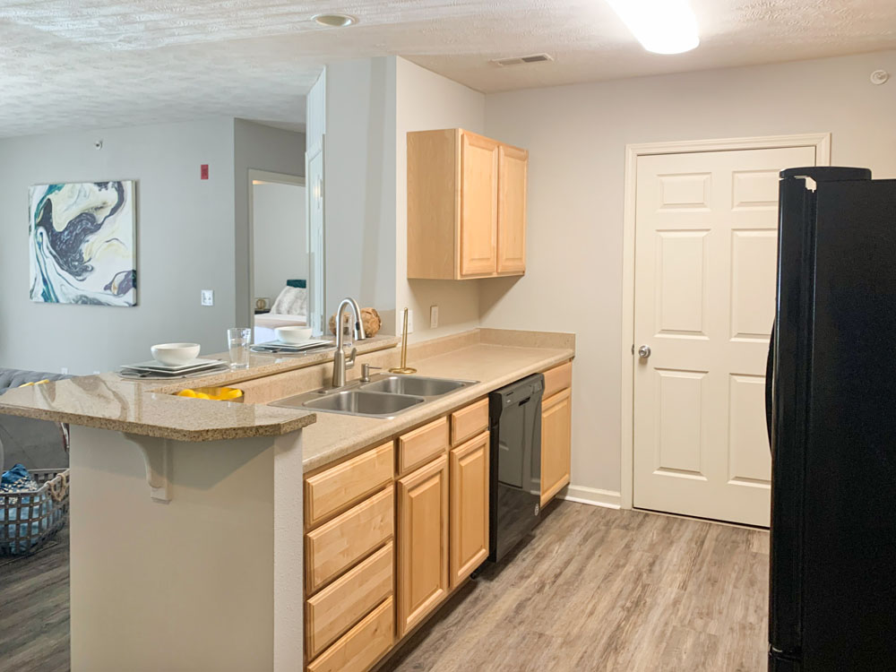 Fully-Equipped Kitchen at Ontario Place Apartments in Omaha, Nebraska