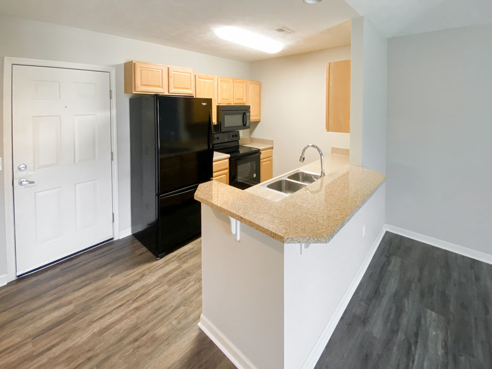 Fully-Equipped Kitchens at Ontario Place Apartments in Omaha, Nebraska