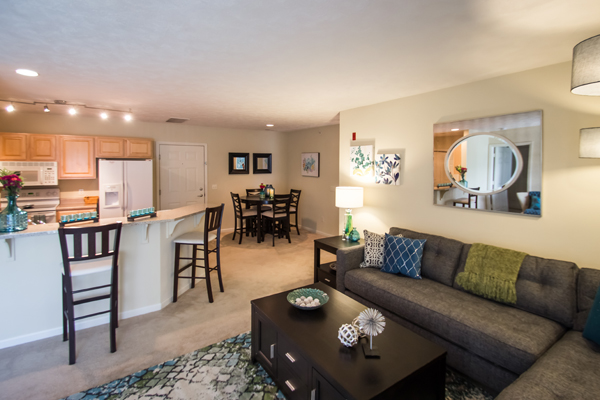 Dining & Living Room at Ontario Place Apartments in Omaha, NE
