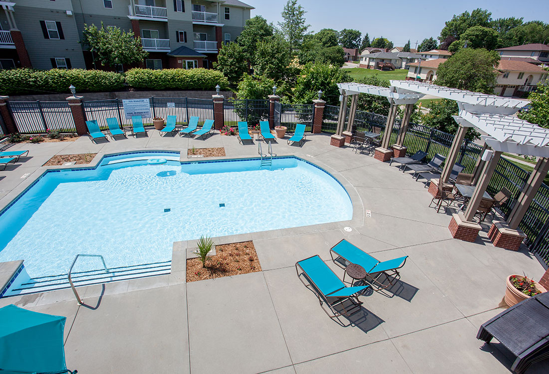 Outdoor Swimming Pool at Ontario Place Apartments in Omaha, NE