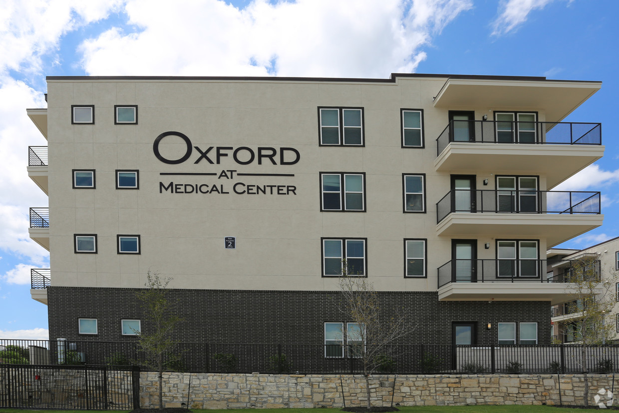 Oxford at Medical Center