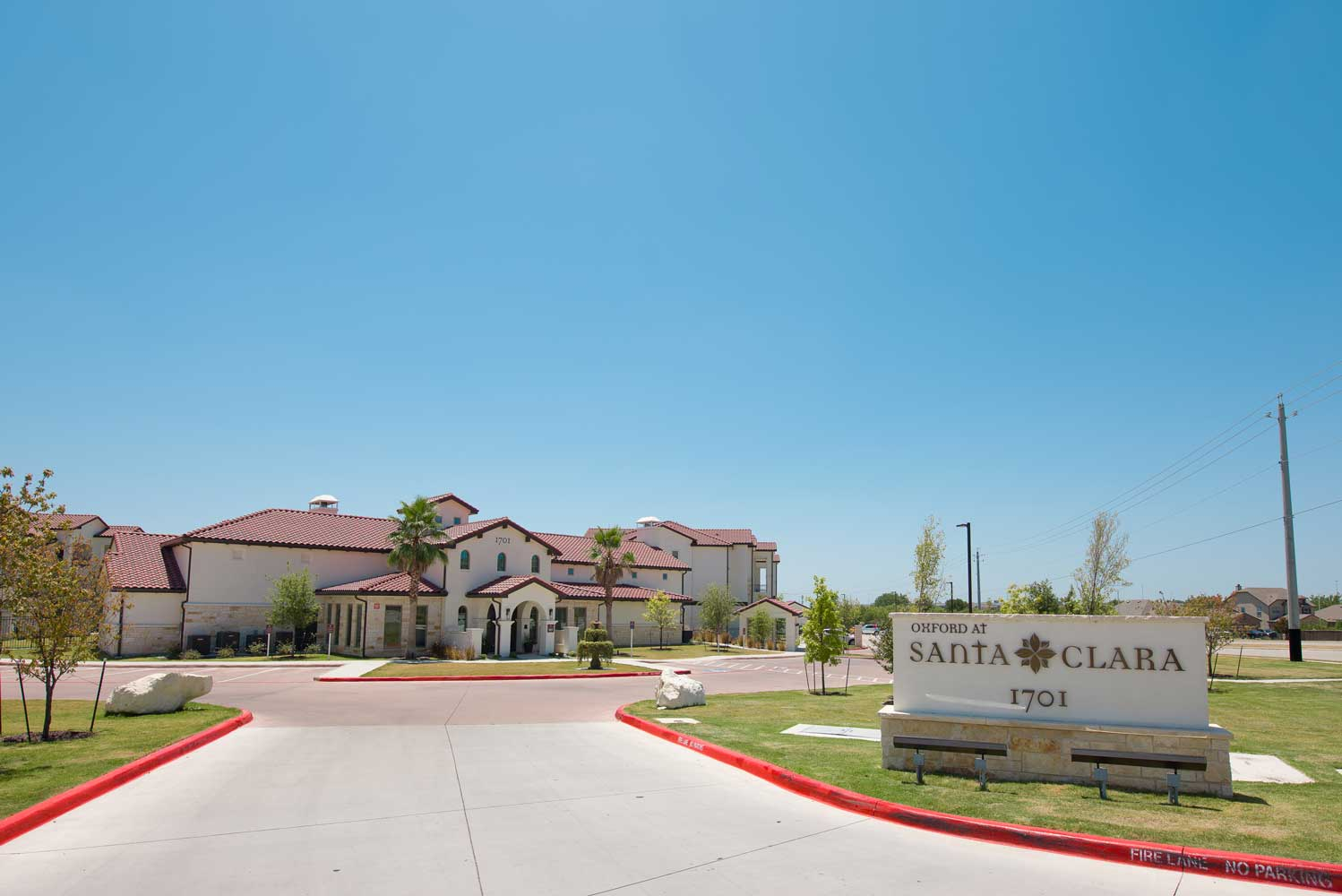 Entrance Area at Oxford at Santa Clara Apartments in Pflugerville, Texas