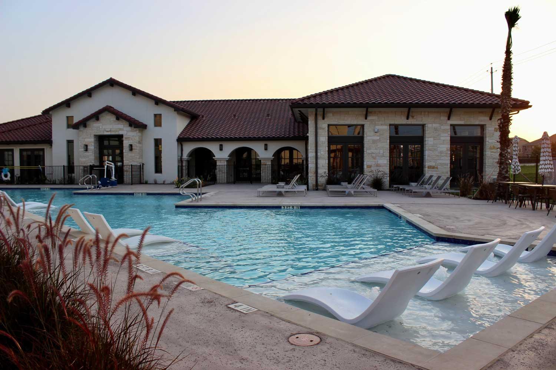 Sparkling Pool at Oxford at Santa Clara Apartments in Pflugerville, Texas