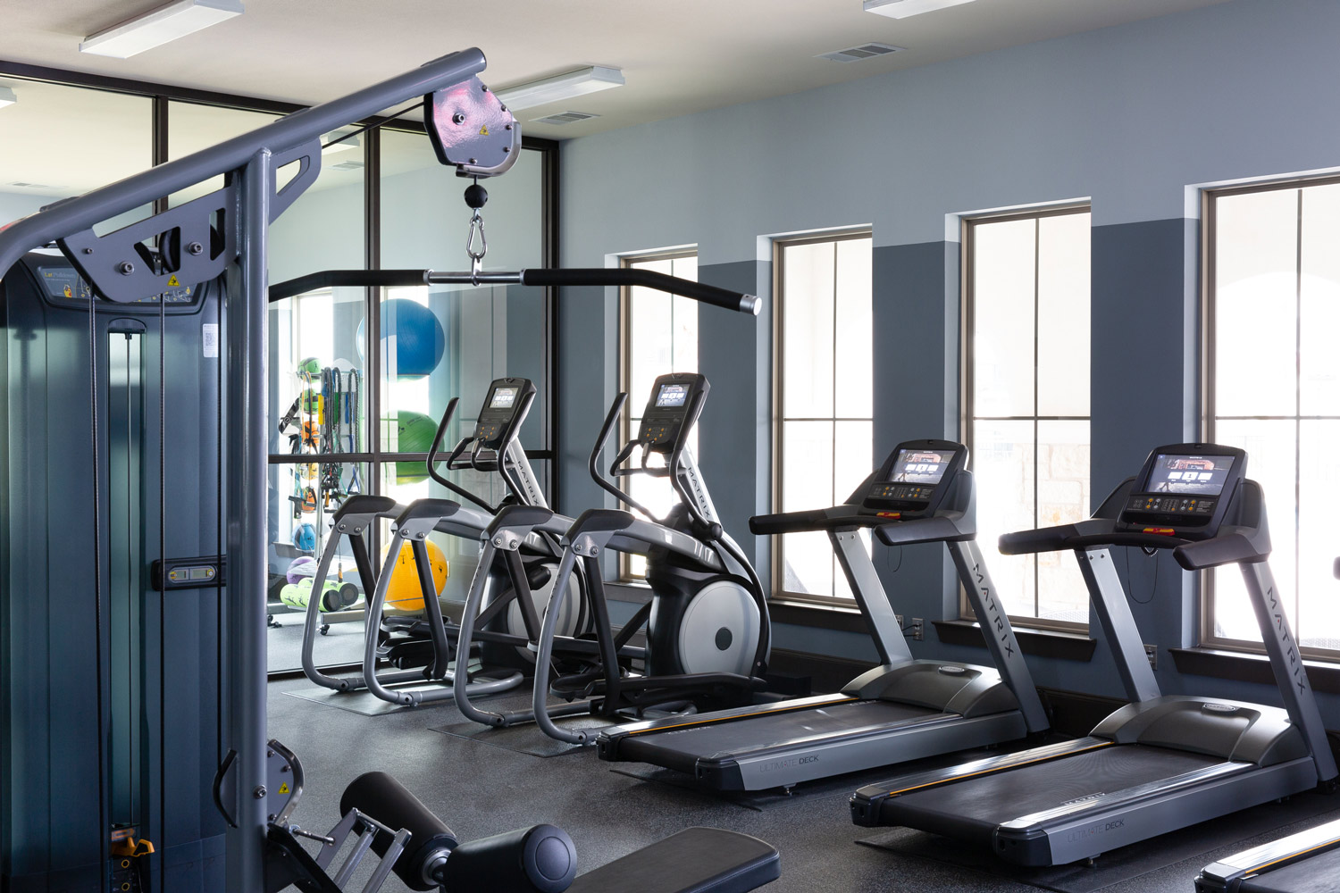 24-Hour Gym at Oxford at Santa Clara Apartments in Pflugerville, Texas