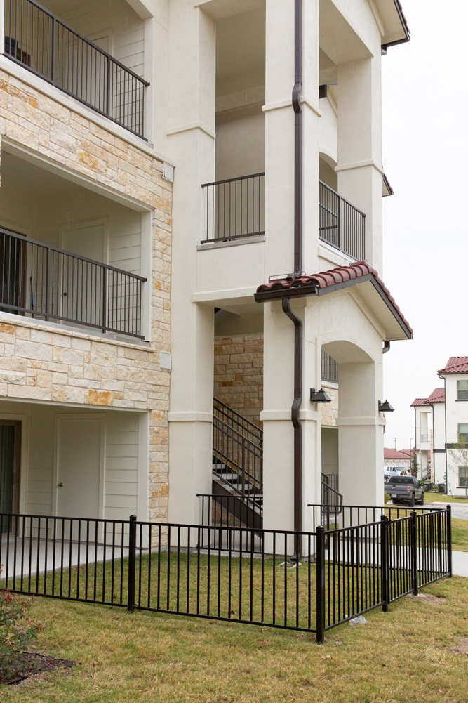 Pet-Friendly Community at Oxford at Santa Clara Apartments in Pflugerville, Texas