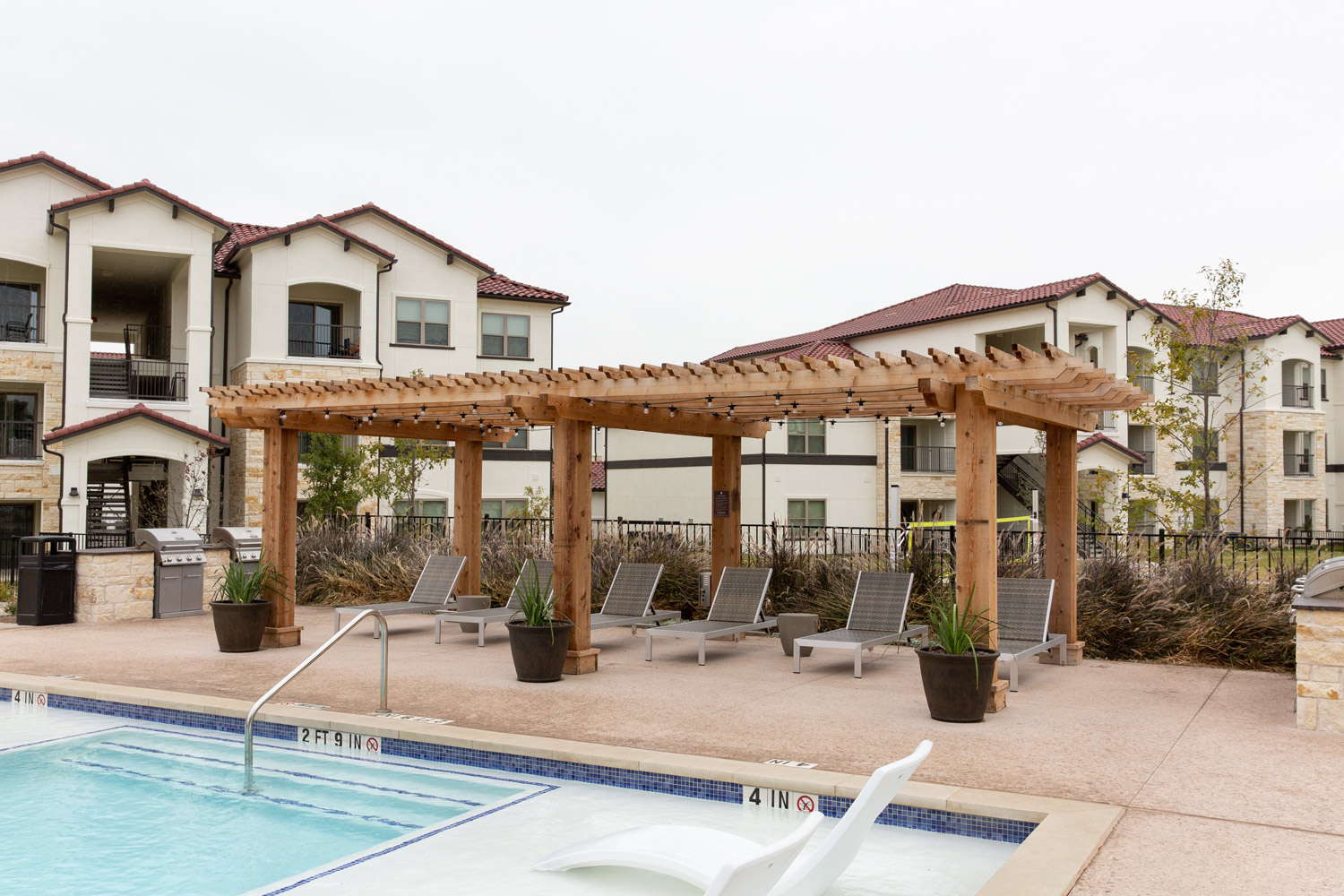 Upscale Amenities at Oxford at Santa Clara Apartments in Pflugerville, Texas