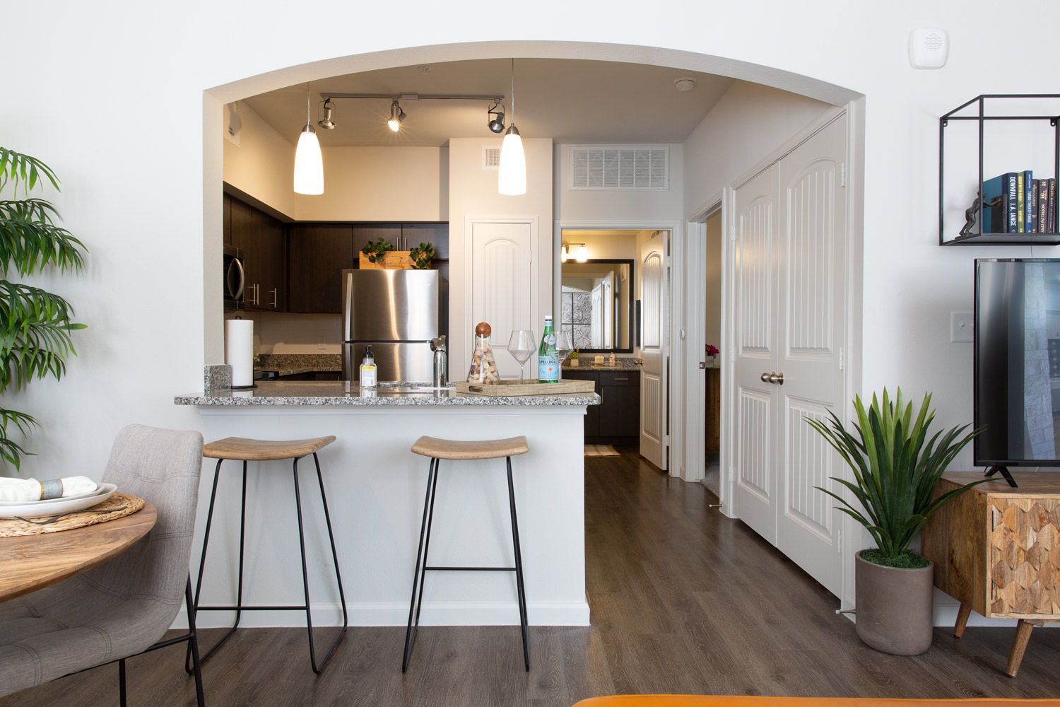 Modern Kitchen at Oxford at Santa Clara Apartments in Pflugerville, Texas