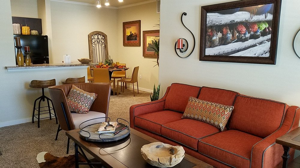 Open Floor Plans at Oxford at the Ranch Apartments in Waller, Texas