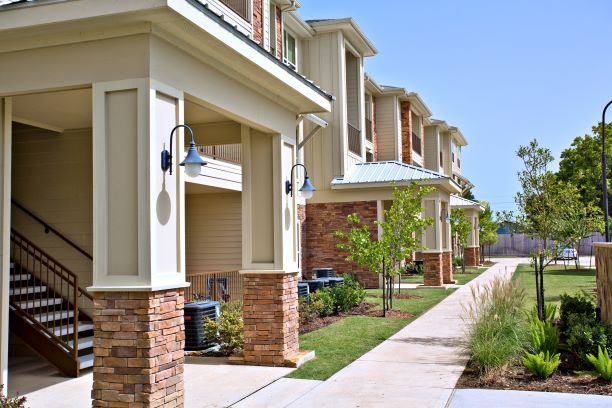 Modern Apartment Homes at Oxford at the Ranch Apartments in Waller, Texas