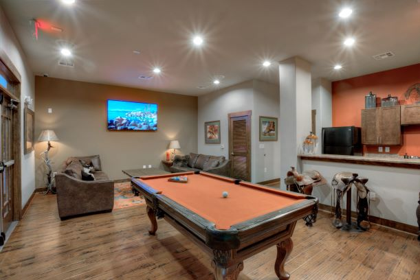 Billiards Rooms at Oxford at the Ranch Apartments in Waller, Texas