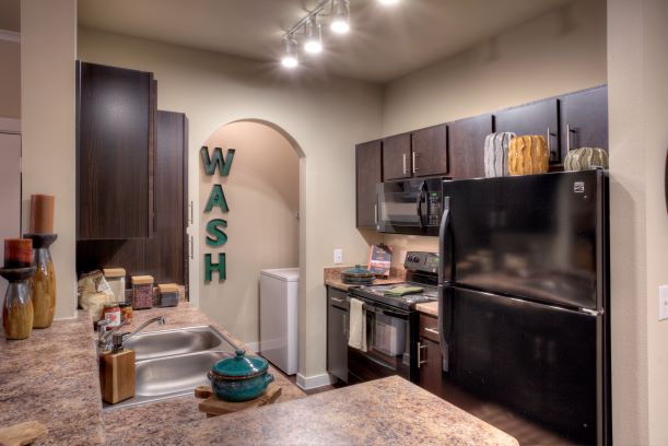 Fully-Equipped Kitchens at Oxford at the Ranch Apartments in Waller, Texas