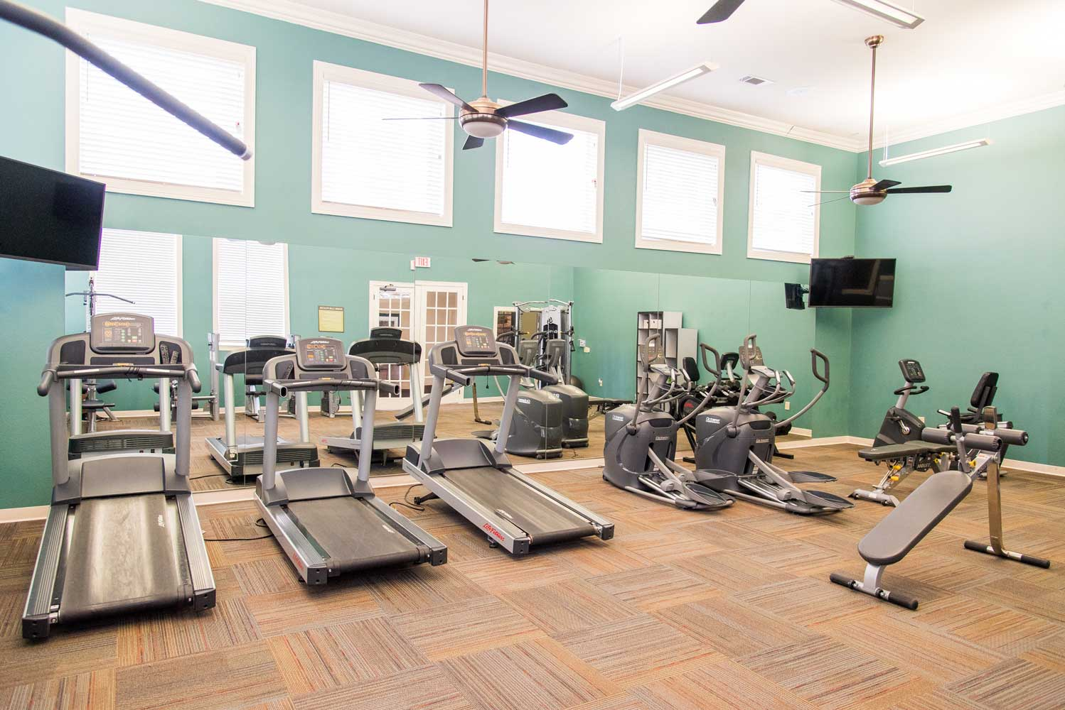 State of the Art Fitness Center at the Oxford at Country Club Apartments in Baytown, TX