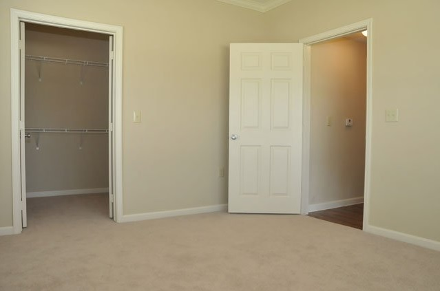 Interior at the Oxford at Country Club Apartments in Baytown, TX