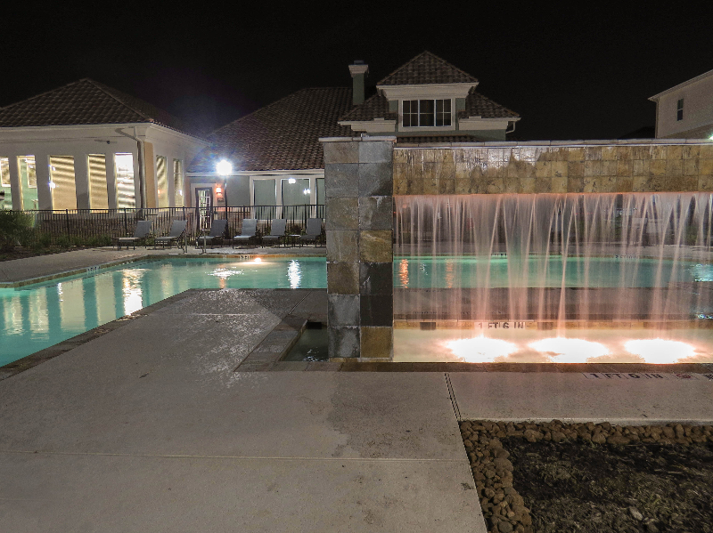 Sparkling Pool at the Oxford at Country Club Apartments in Baytown, TX