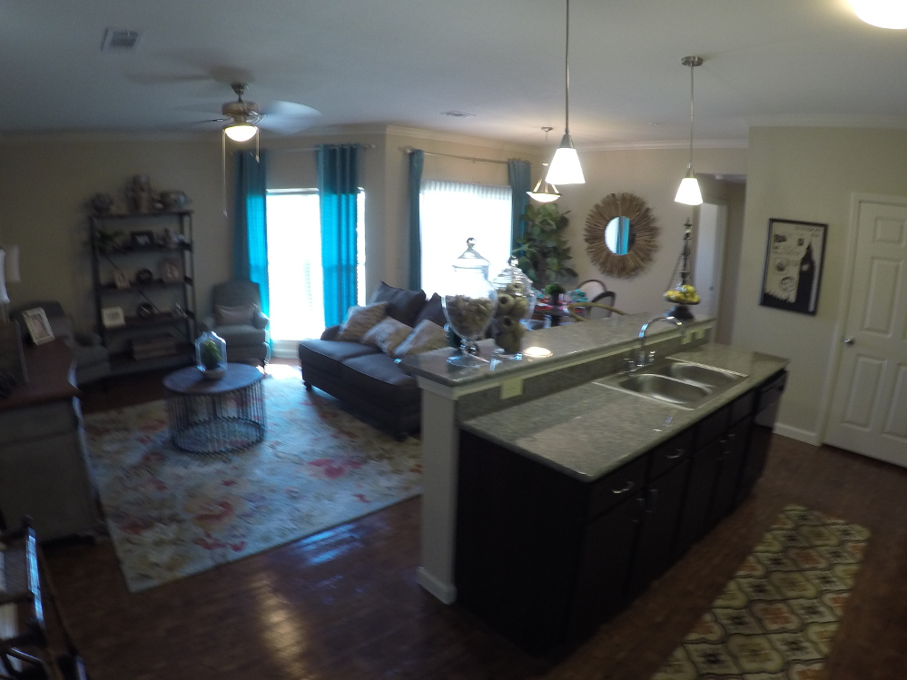 Breakfast Bar at the Oxford at Country Club Apartments in Baytown, TX