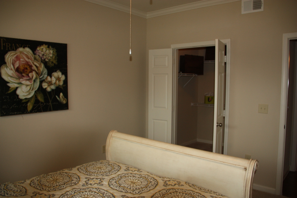 In-Room Closets at the Oxford at Country Club Apartments in Baytown, TX