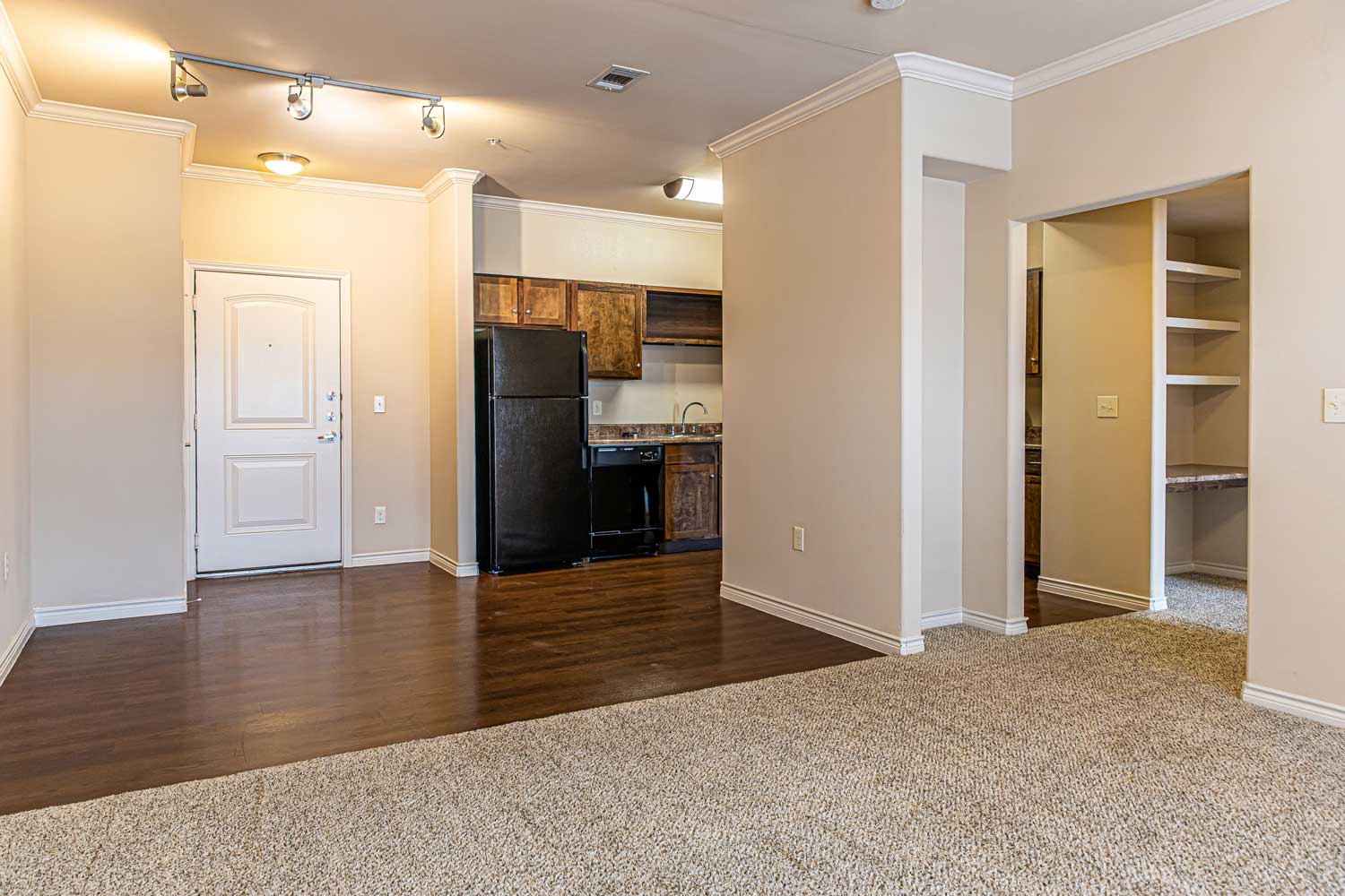 Spacious Floor Plan at Oxford at Crossroads Centre Apartments in Waxahachie, TX