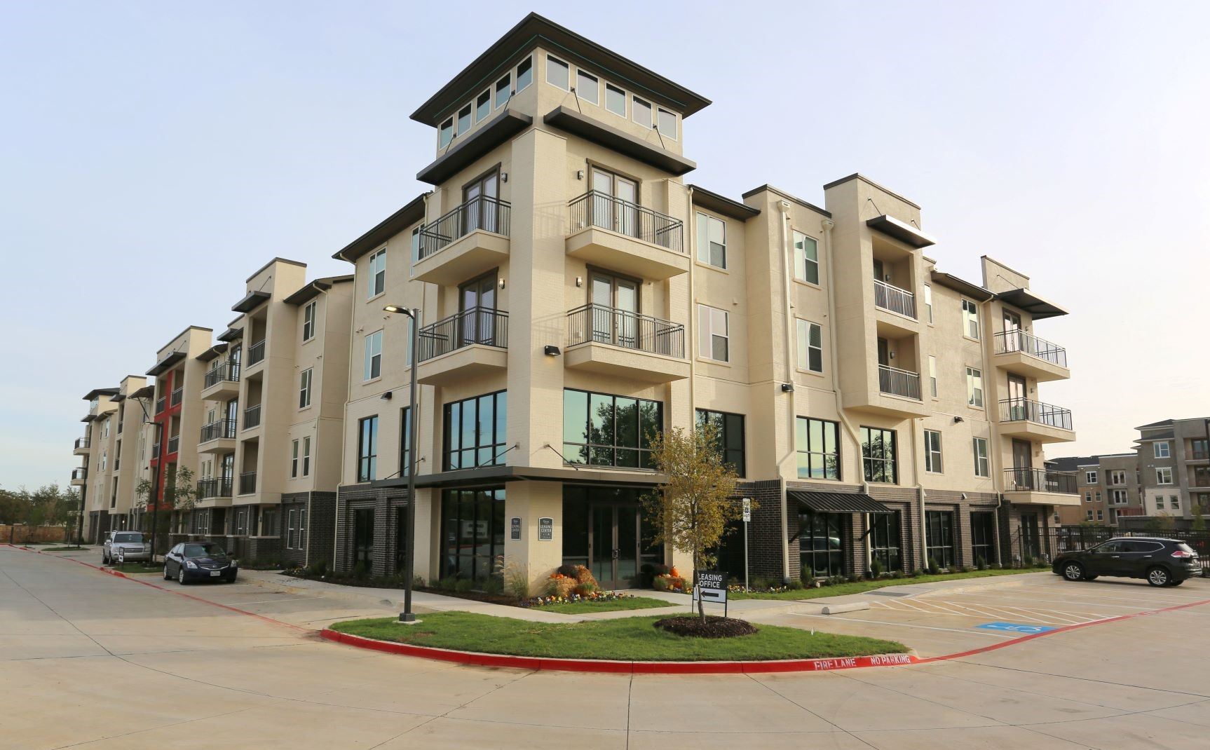 Luxury Apartments for Rent in Corinth at Oxford at Lake View Apartments in Corinth, TX