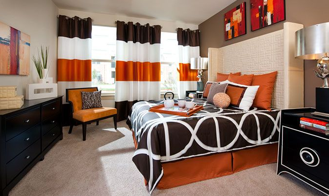 Contemporary Apartment Living at The Oxford at The Boulevard Apartments in Corinth, TX