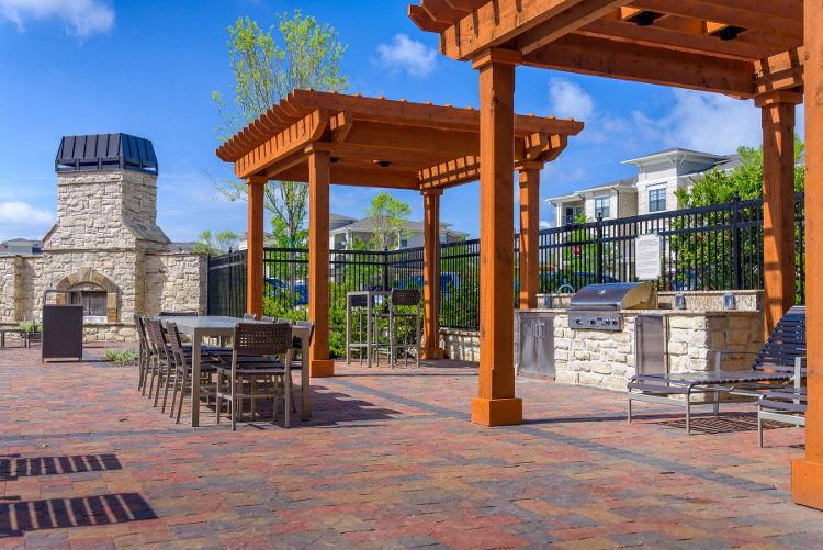 Grill Station at The Heights at Harper's Preserve Apartments in Conroe, TX