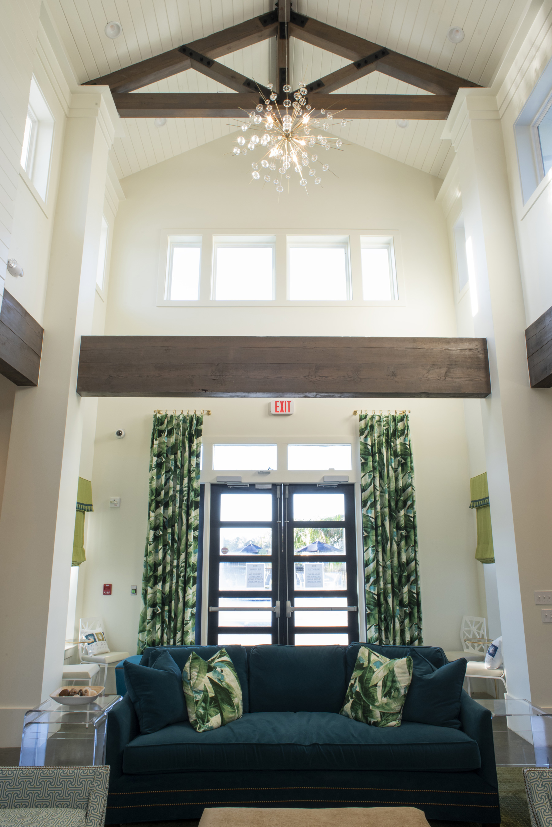 Elevated Ceilings at The Palms at Juban Lakes Apartments in Denham Springs, Louisiana