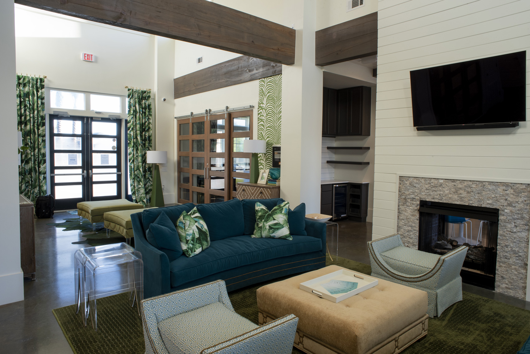 Community Lounge at The Palms at Juban Lakes Apartments in Denham Springs, Louisiana