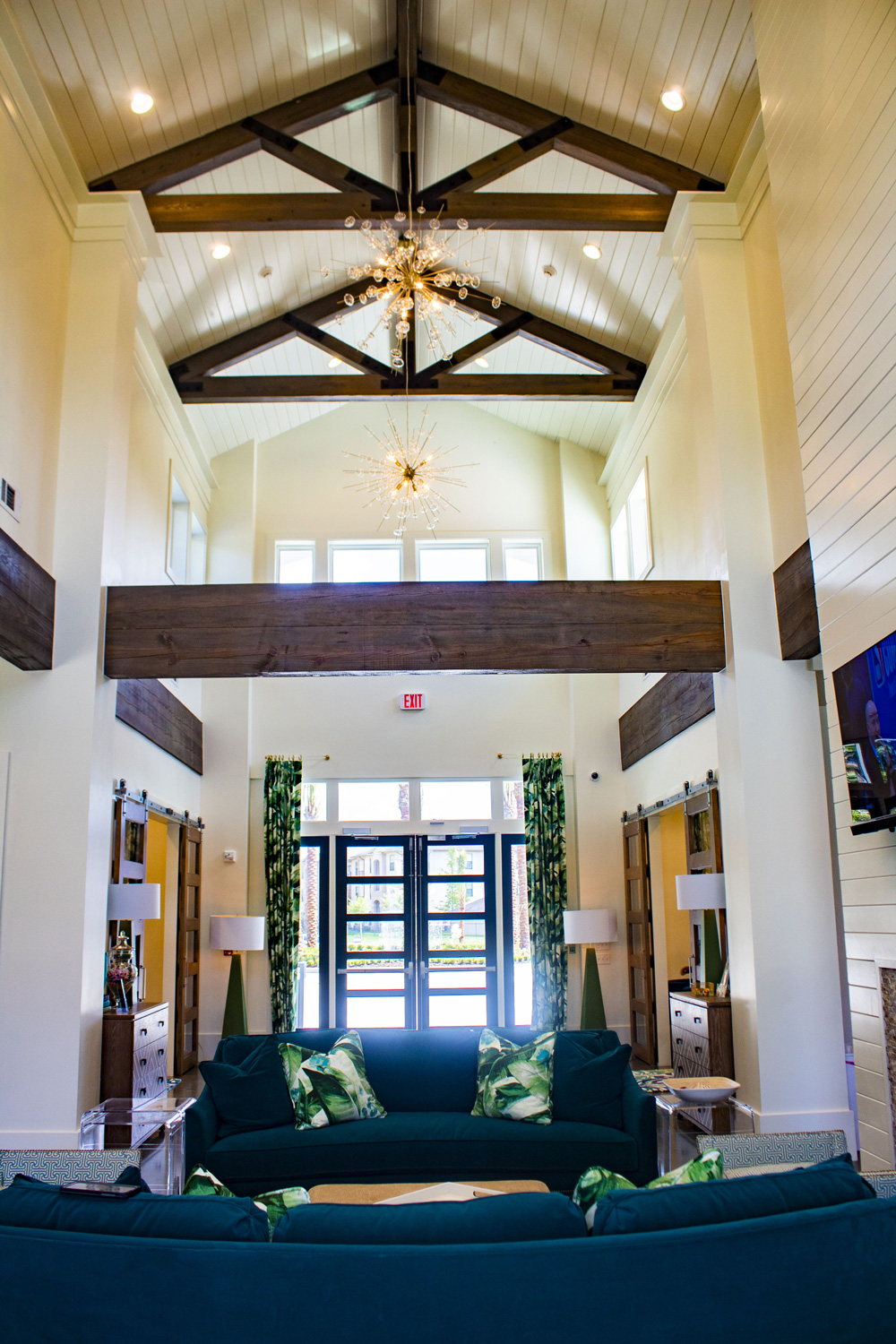 Stunning Community Features at The Palms at Juban Lakes Apartments in Denham Springs, Louisiana