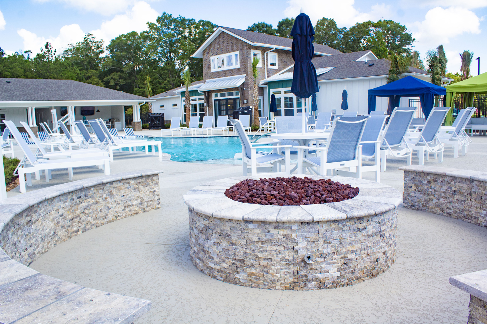 Outdoor Fire Pit at The Palms at Juban Lakes Apartments in Denham Springs, Louisiana