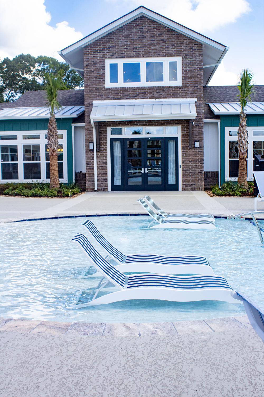 Maintenance-Free Living at The Palms at Juban Lakes Apartments in Denham Springs, Louisiana