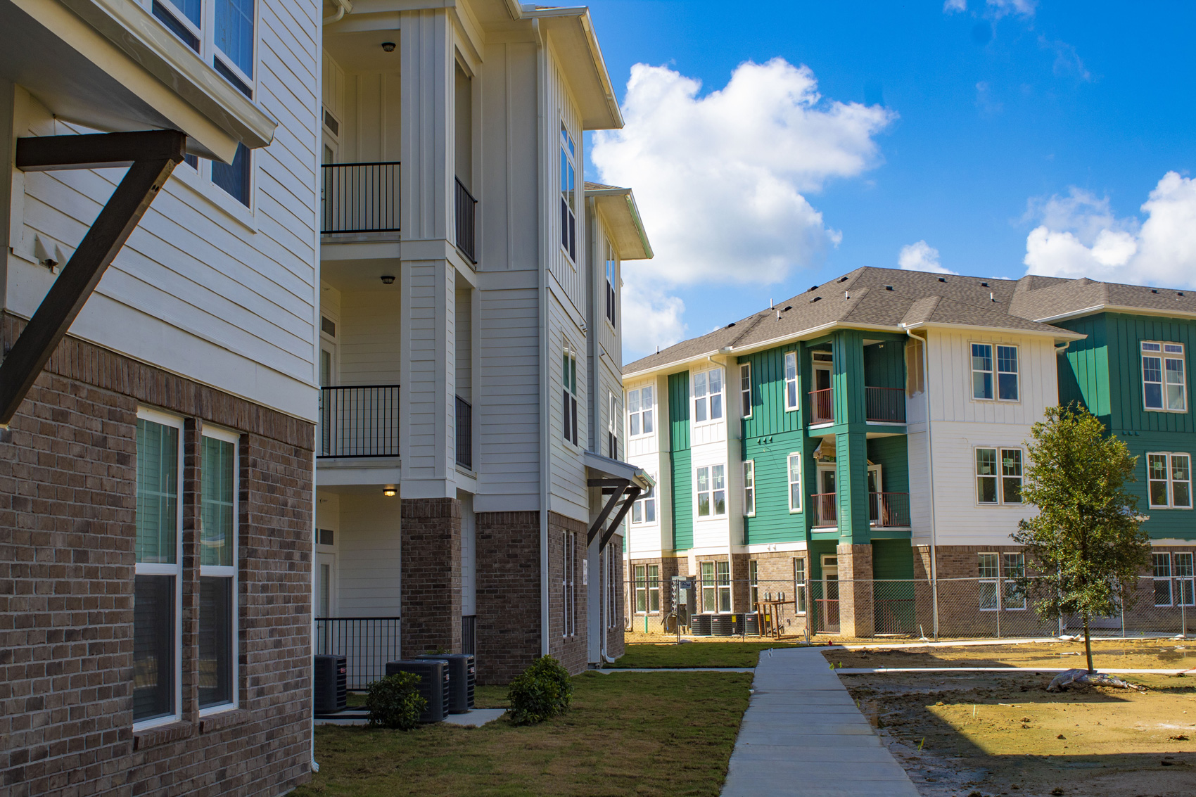 Residential Trail at The Palms at Juban Lakes Apartments in Denham Springs, Louisiana