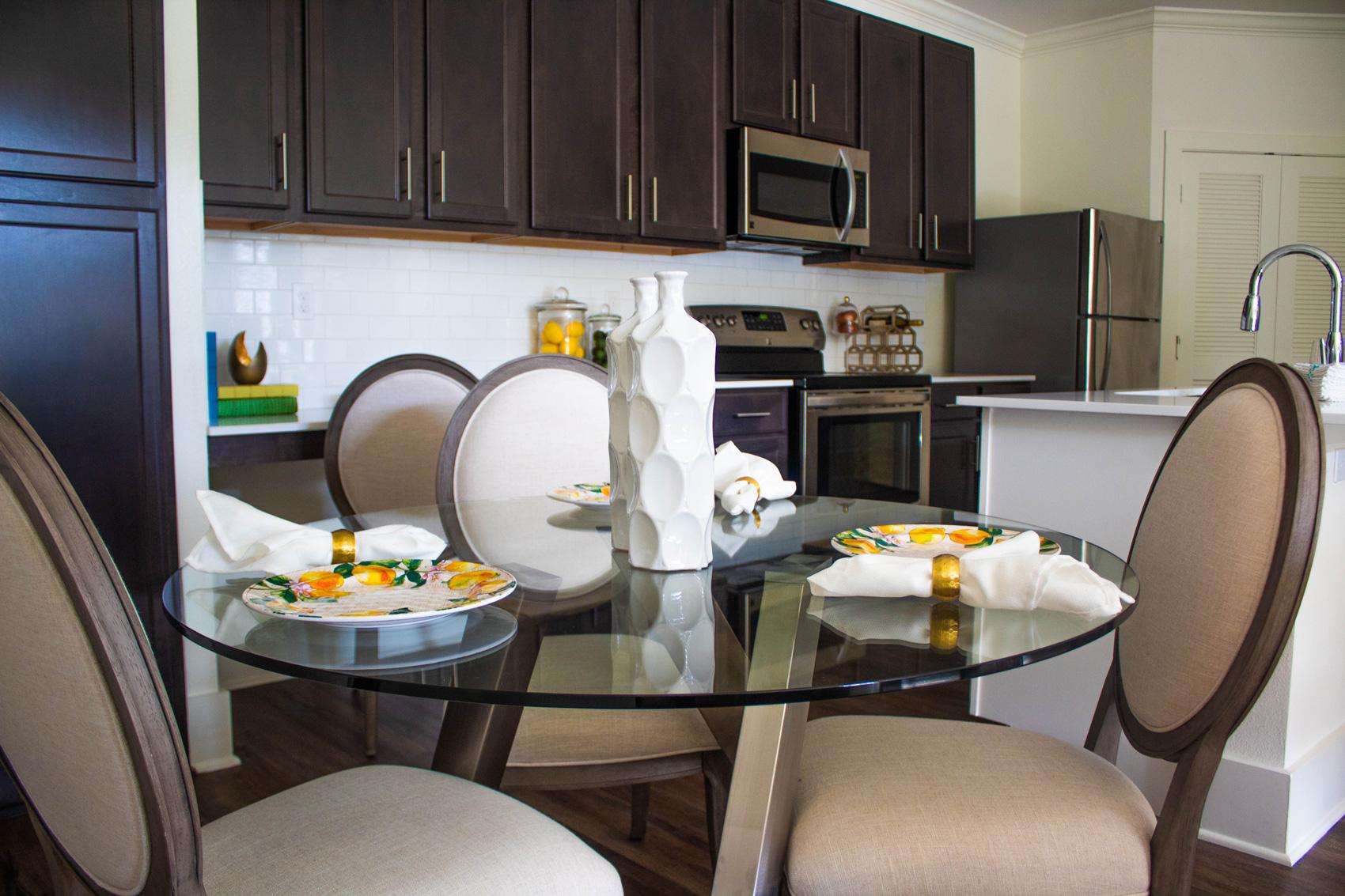 Dining Area at The Palms at Juban Lakes Apartments in Denham Springs, Louisiana