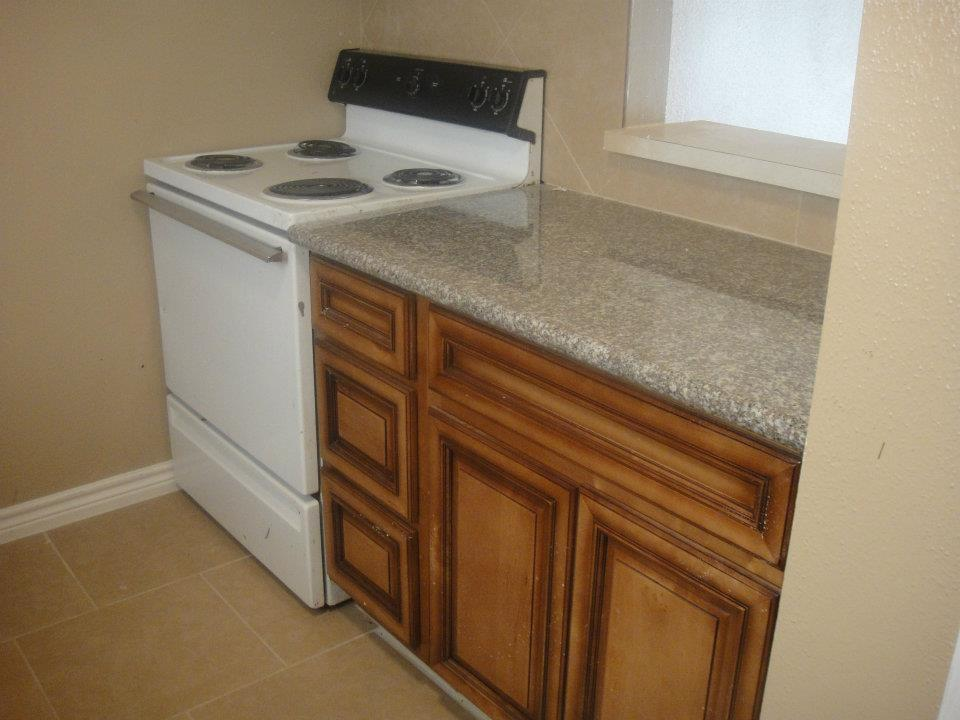 Granite Countertops at Palms at Baytown Apartments in Baytown, TX