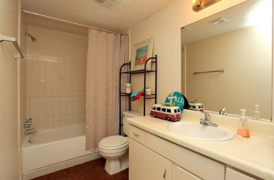Bathroom at The Park at Forest Oaks Apartments in Tulsa, OK